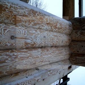 Бревно ручной рубки для строительства дома